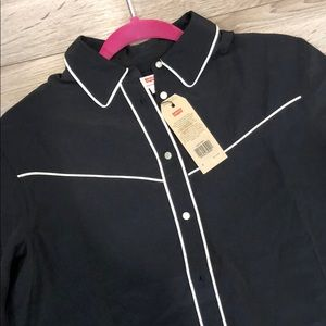 NWT Levi's Black and white button up shirt
